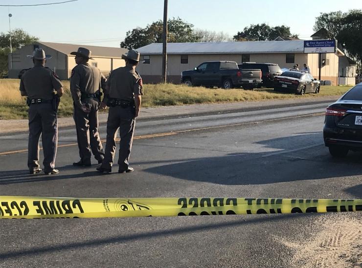 Texase kirikutulistaja sai osta oma relvad seaduslikult vea tõttu