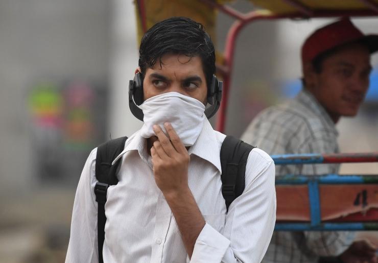 New Delhi õhusaaste saavutas ohtliku taseme