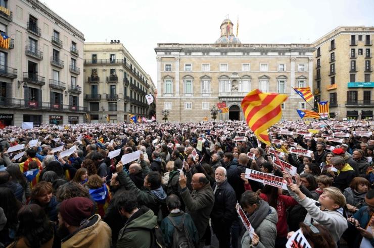 Hispaania põhiseaduskohus tühistas Kataloonia iseseisvusdeklaratsiooni