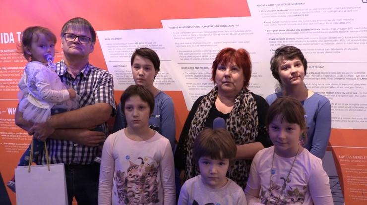 Kuue kasulapse ema Inge Ojala-Pihlaja: peaksime märkama abivajajaid