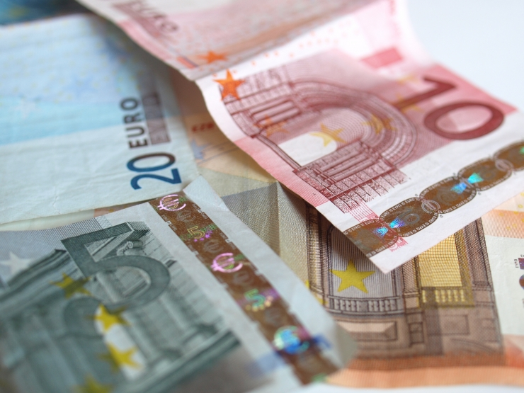 Kümne kuuga laekus linnakassase 516,9 miljonit eurot