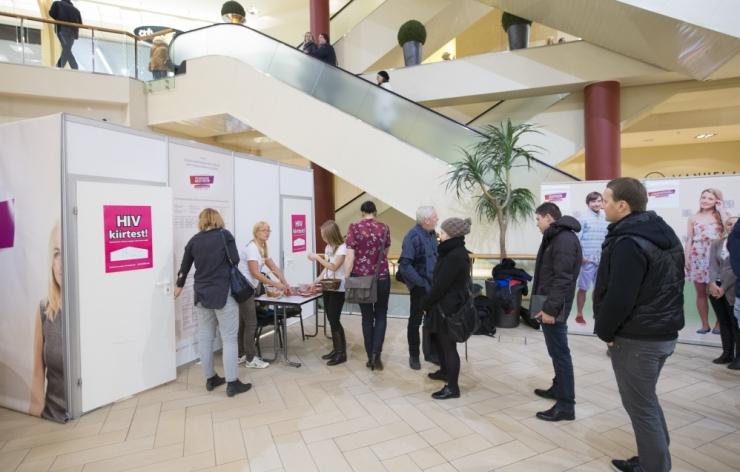 Eestis on kuni tuhat HIV-kandjat, kes ei ravi end teadlikult