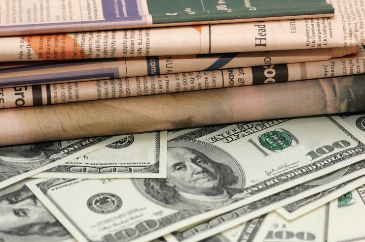Uurijad: võltsuudistest on saanud tulus ärimudel