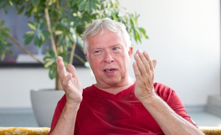Igor Volke esineb Neitsitornis