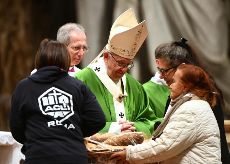 """Paavst Franciscus nimetas ükskõiksust """"suureks patuks"""""""