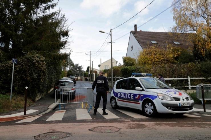 Prantsuse politseinik lasi kolm inimest maha ja tegi siis enesetapu