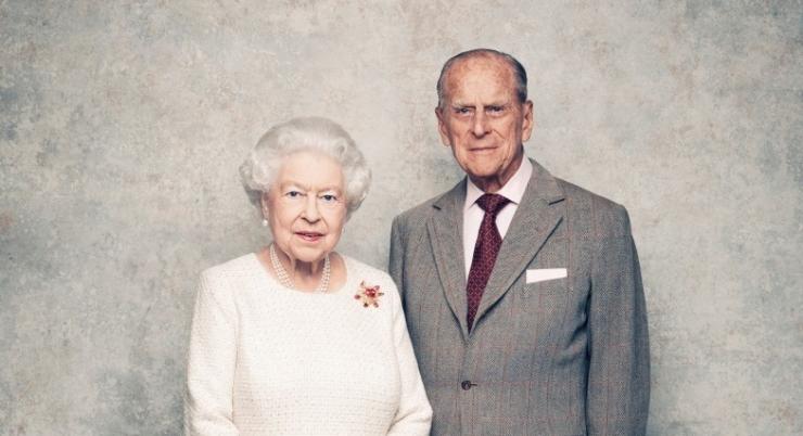 GALERII! Kuninganna Elizabeth ja prints Philip tähistavad 70. pulma-aastapäeva