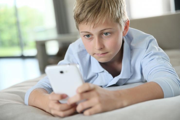 Lapsed on hakanud nutiseadmeid vähem kasutama