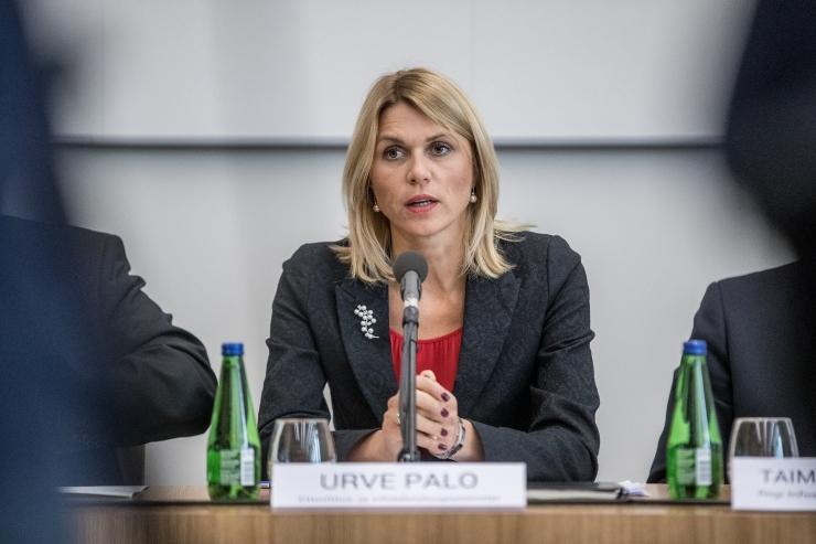 Urve Palo allkirjastas Hiinaga kolm majanduslepet