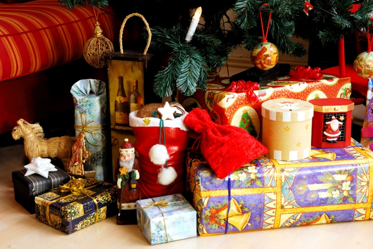 FOTOD! Vaata, kuidas pakiautomaatidesse jõulupakke panna ei tohi