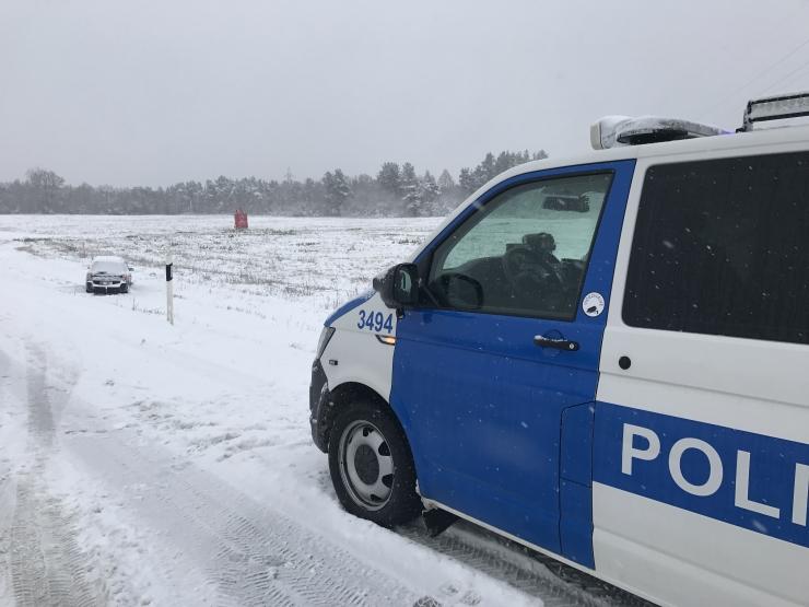 Politsei palub keerulistes teeoludes liigeldes aega võtta