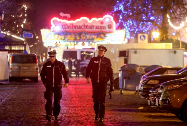 Saksa politsei teatas lõhkekehast jõuluturul