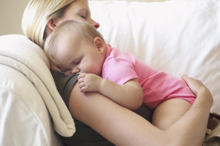 Uuring: üliinnukad vanemad teevad beebile karuteene