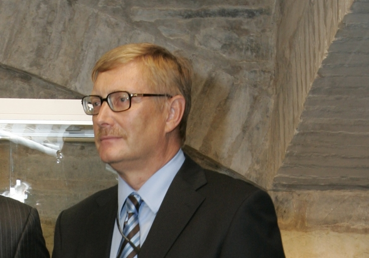 Seenioride erakonda moodustab endine diplomaat Paul Lettens