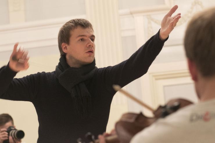 Risto Joost: ta ohverdas end muusika ja õpilaste nimel