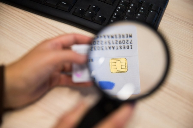 Kaubanduskeskustes saab sellel nädalavahetuseel ID-kaarte uuendada