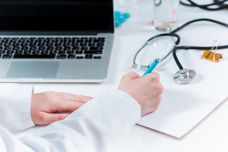 Lugeja kirjutab: miks ei pääse kokkulepitud ajal arsti vastuvõtule?