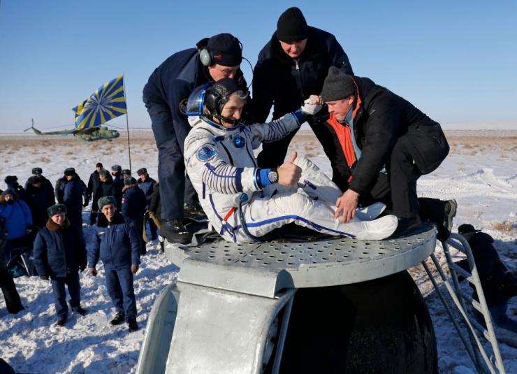 Rahvusvahelise kosmosejaama astronaudid jõudsid Maale tagasi