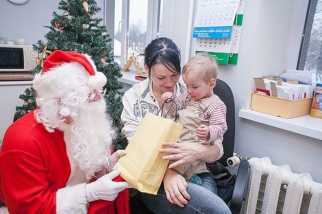 Sel nädalal viiakse jõulurõõmu ja kingipakke haiglatesse üle Eesti