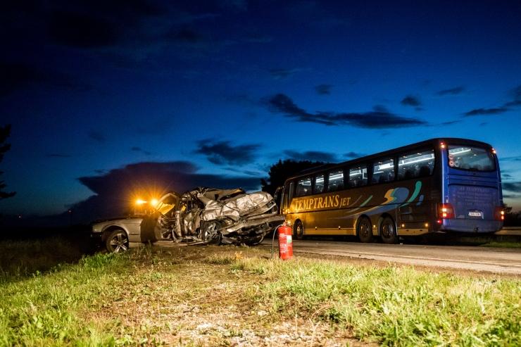 Kolme hukkunuga liiklusõnnetuse põhjustaja pikk karistus jäi kehtima