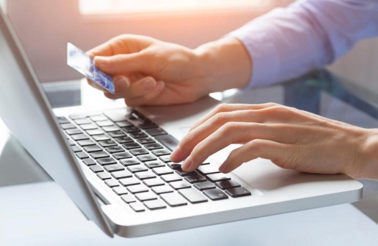 Tarbijakaitse hoiatab kahe veebipoe eest