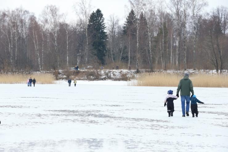 Õhukesele jääle läinud inimesed tõid päästjatele mitu väljakutset
