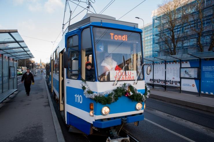 Vaata, kuidas sõidab Tallinna ühistransport jõulude ja aastavahetuse ajal