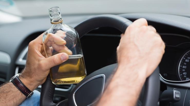 Eneseparandus liiklustrahvi asemel võiks aidata poolt tuhandet roolijoodikut