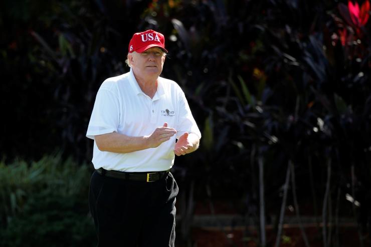 Trump kiitis aastavahetusel ennast ja oma valitsust