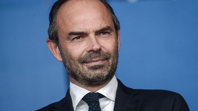 Prantsuse peaminister nõuab karmi karistust politsei ründajatele