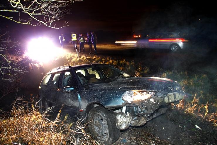 Päeva ainsas liiklusõnnetuses sai viga autoga teelt välja sõitnud mees