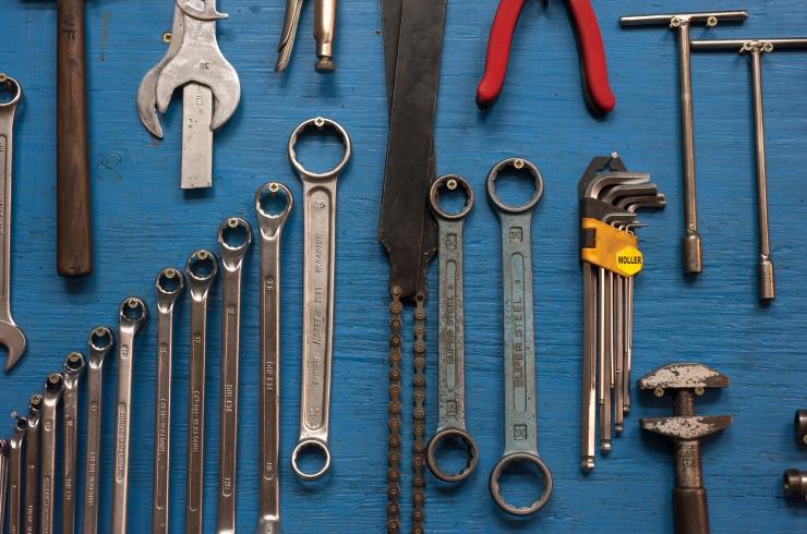 Politsei tabas tööriistade varastamisele spetsialiseerunud jõugu