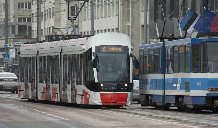 VIIS AASTAT TASUTA SÕITU: Loe, mida arvasid tasuta ühistranspordist Koit Toome, Ita Ever, Ülle Kaljuste ja teised Eesti kuulsused