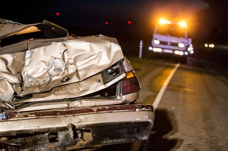 Kahe auto kokkupõrkes sai ühe sõiduki juht vigastada