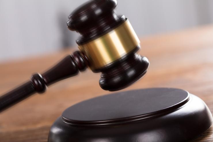 Kohtutäiturid saavad hakata arestima viiendikku ka madalapalgalise võlgniku sissetulekust