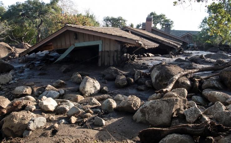 California lõunaosa mudavooludes sai surma 17 inimest