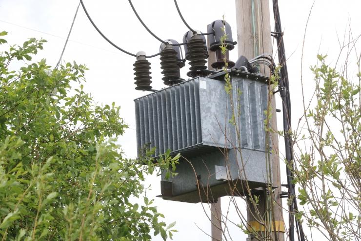 Valitsus lihtsustab elektri otseliinide rajamist