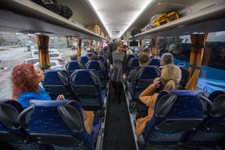 Joobes mehed ründasid bussijuhte