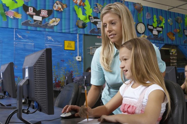 Mailis Reps: 75 protsenti tuge vajavatest lastest käib tavakoolides