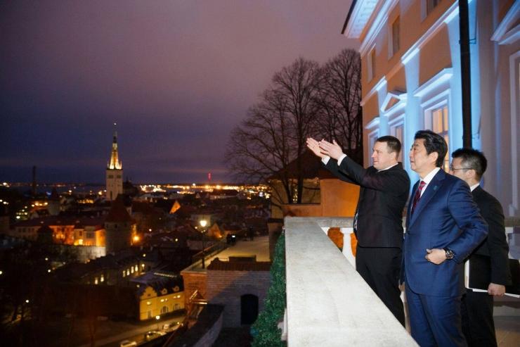 Ratas: Jaapani peaministri visiit edendab investeeringuid Eestisse