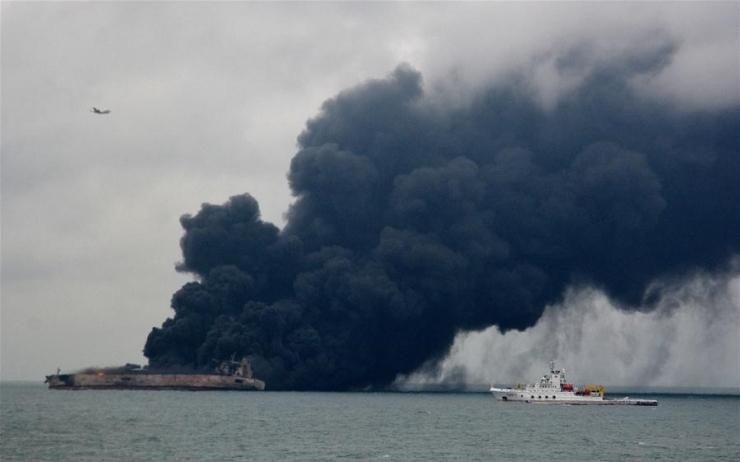 Iraan ei looda põlevalt tankerilt ellujäänuid leida