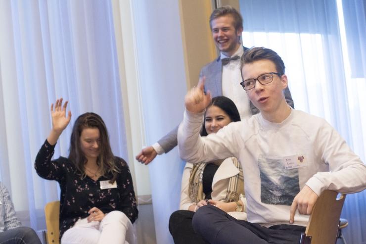 FOTOD! Ettevõtluskonkurss õpetab noortele seda, mida koolipingist kaasa ei saa