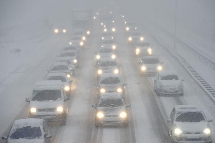 Autojuhid peaksid arvestama tormituulega