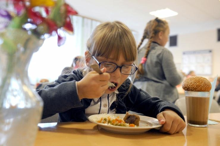 Tartu 1.-4. klasside lapsed saavad veebruarist koolilõunat tasuta