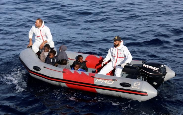 Hispaania merepäästeteenistus korjas Vahemerest 56 migranti
