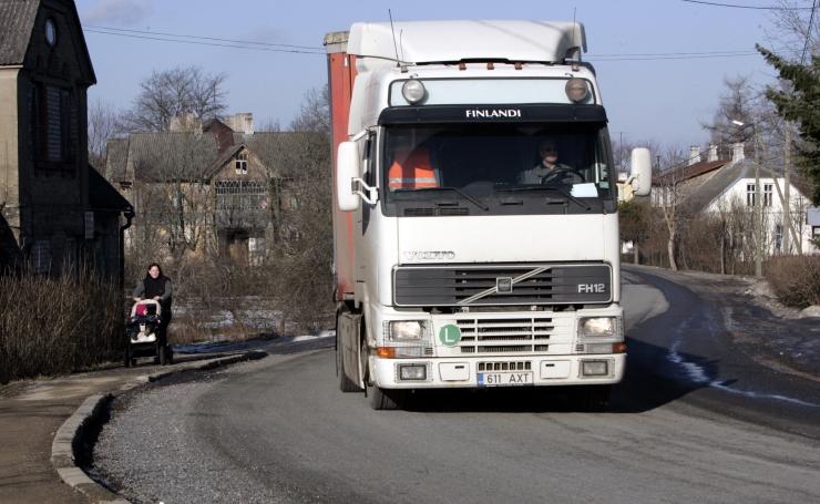 Venemaa kehtestas Eesti raskeveokitele teemaksu