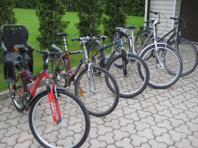 Politsei tuvastab varastatud jalgrataste omanikke