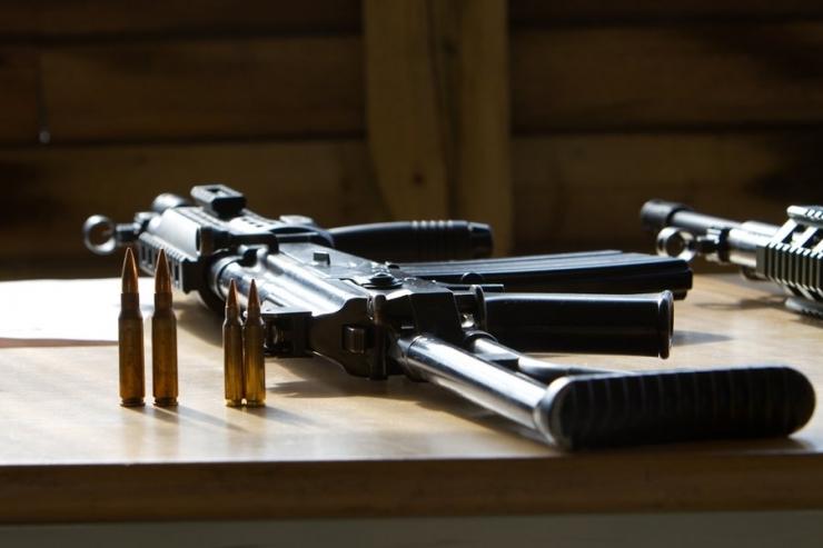 Automaatide hankele esitas pakkumuse neli relvatootjat