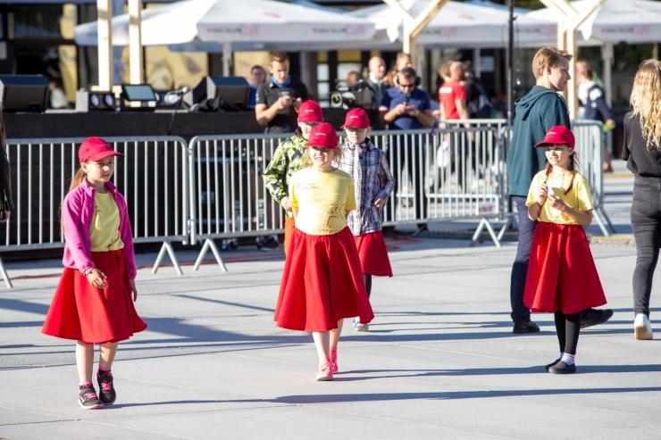 Talvine tantsupäev toob kokku 900 tantsijat