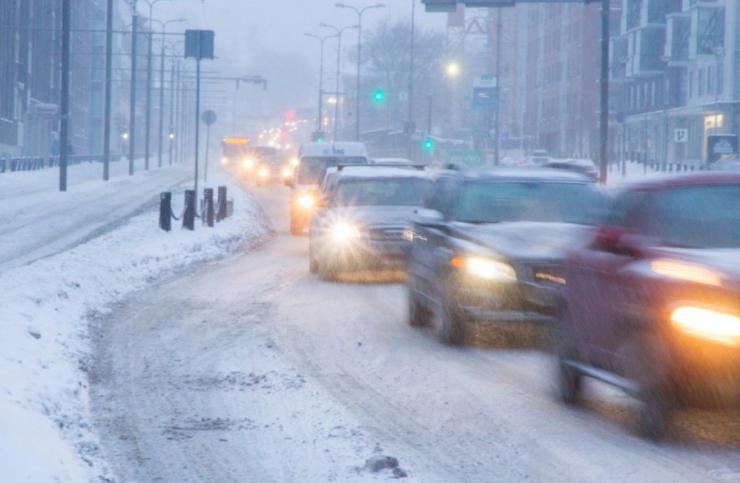 Maanteeamet hoiatab keeruliseks muutuvate teeolude eest